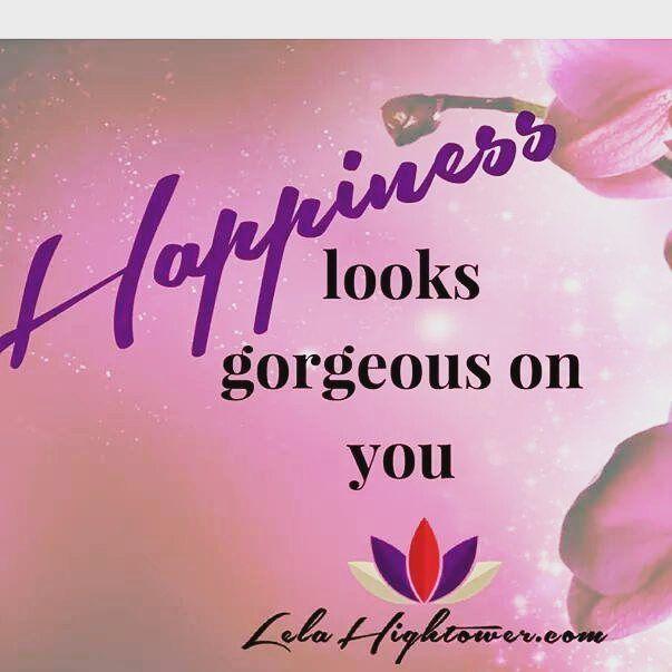Happiness looks gorgeous on you.  #girlboss #socialbusiness #livethelittlethings #creativelife #creativelifehappylife #doitfortheprocess #motivationalquotes #success #lawofattraction #lifecoach #leadership