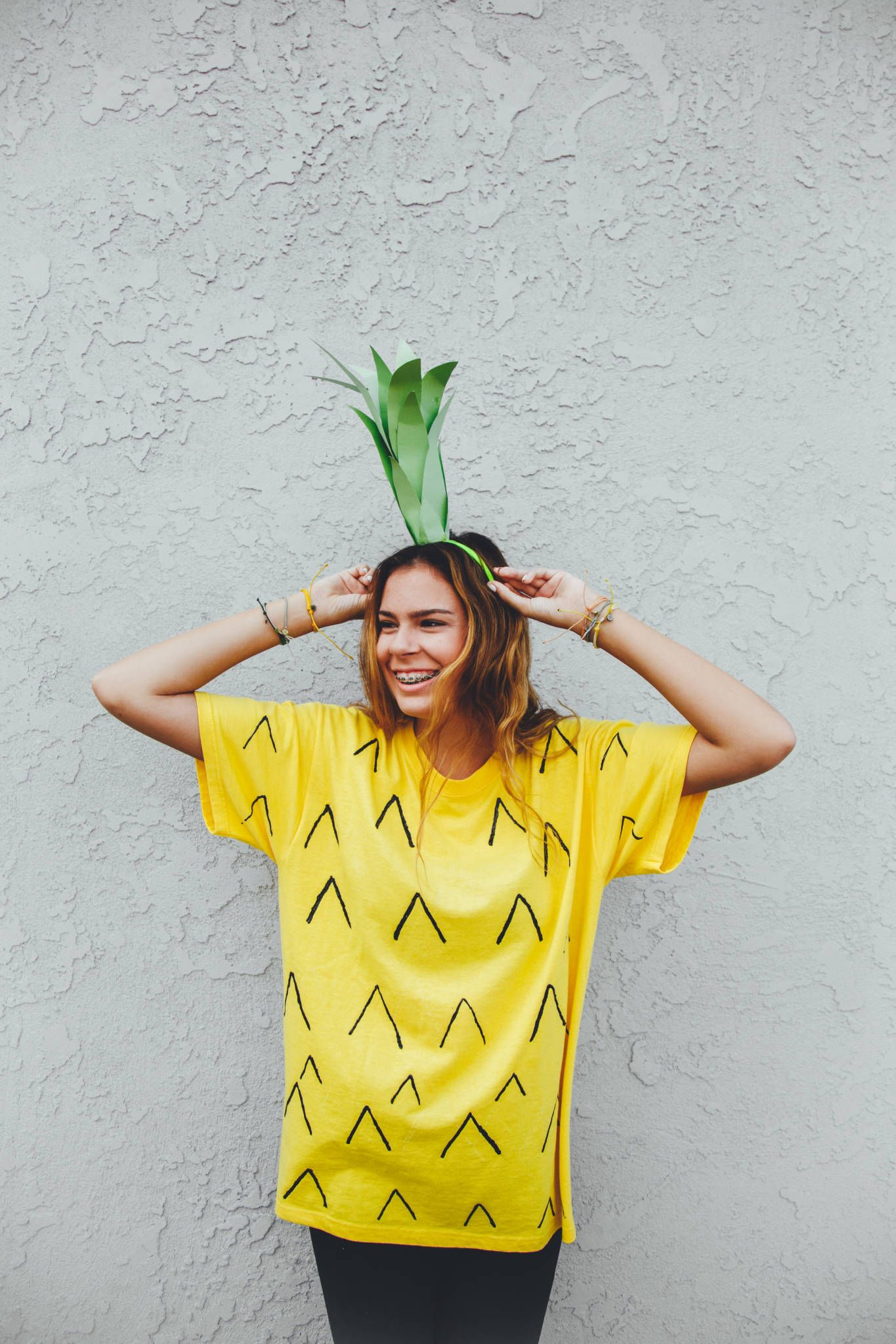 Be a Pineapple Halloween Costume DIY  sc 1 st  Pinterest & Be a Pineapple: Halloween Costume DIY | Spooky | Pinterest ...