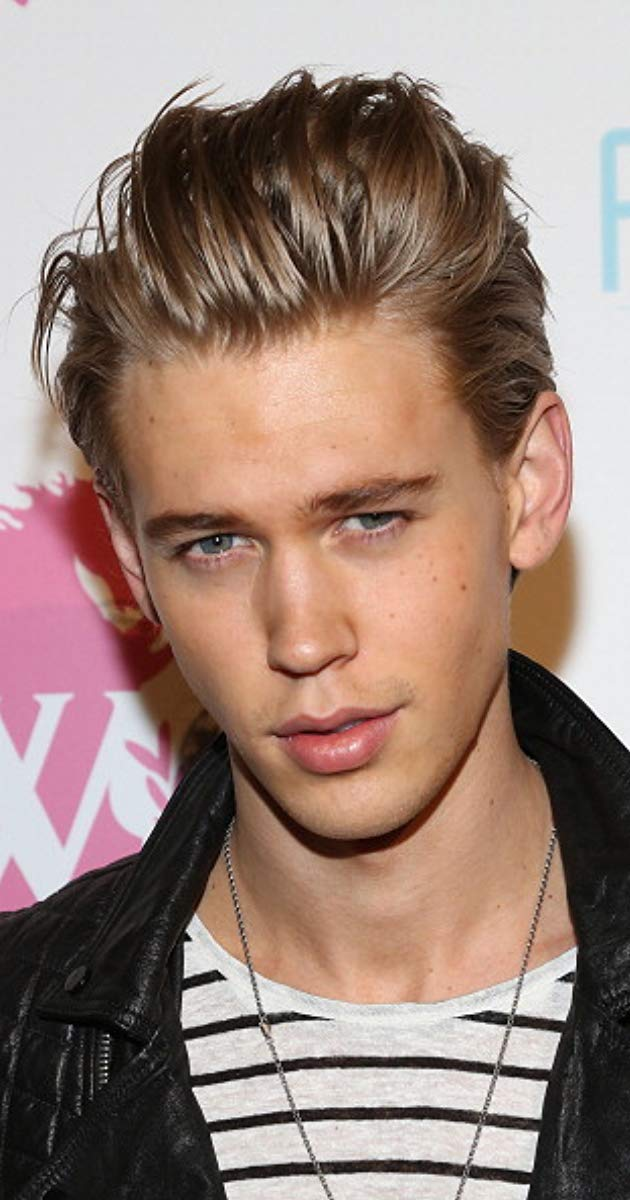 Austin Butler Actor Aliens In The Attic Austin Robert Butler Was Born In Anaheim California To Lori Anne Austin Butler Girl Celebrities Celebrity Gossip