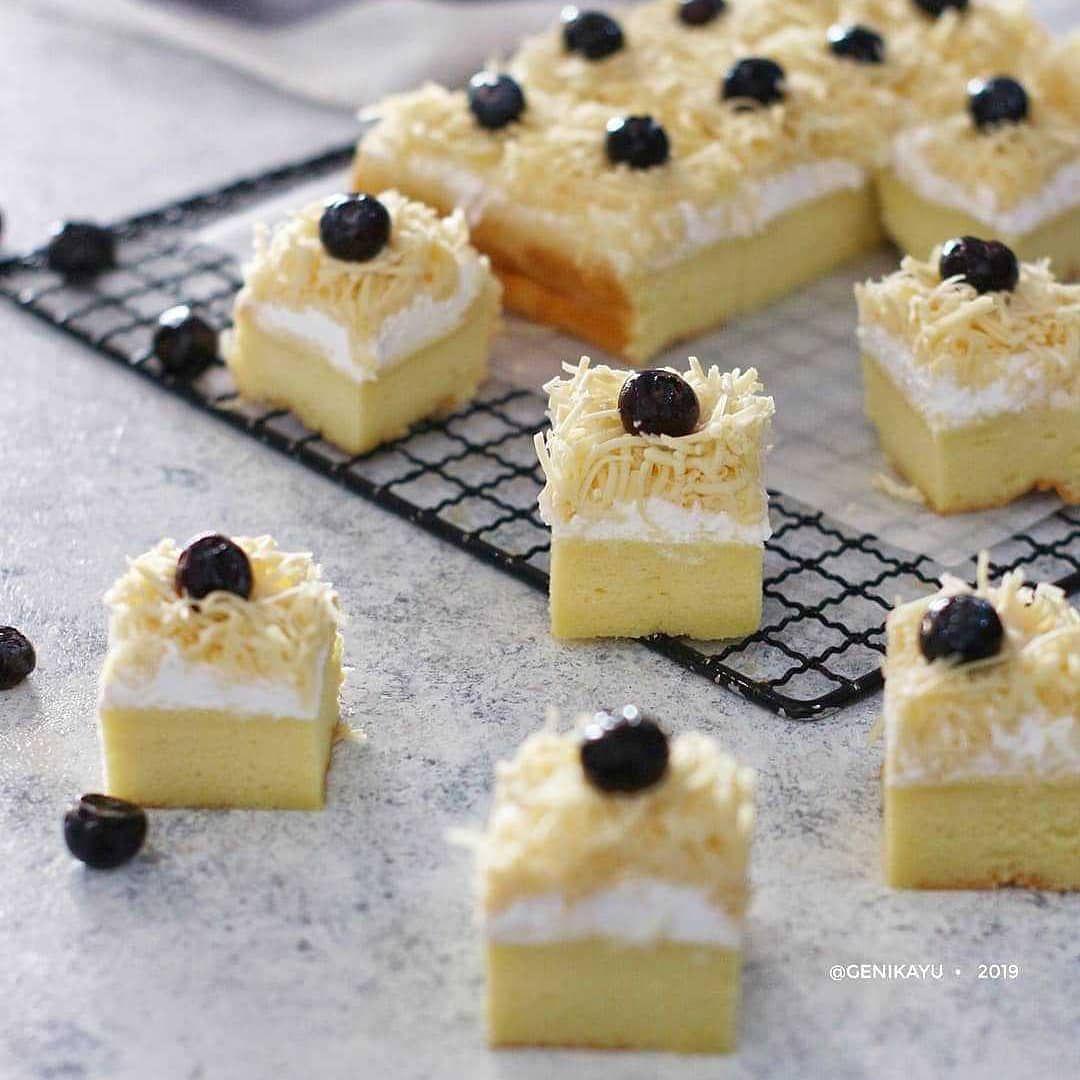 Gambar Mungkin Berisi Pencuci Mulut Dan Makanan Desserts Food Cake