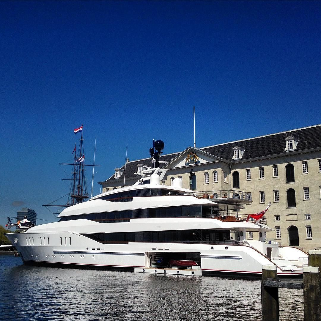 Pretty Big Boatwith Helicopter Larryvantuyl Vanish 125million