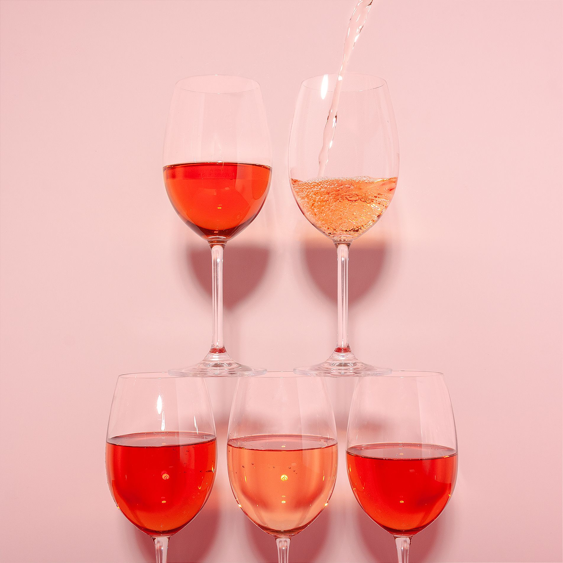 Keep Your Balance In 2020 Wine Brands Rose Wine Alcoholic Drinks