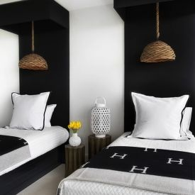 You don't have to spend to create a beautiful room! Check out these tips to create a stylish, symmetrical guest room on a budget.(via Lonny)
