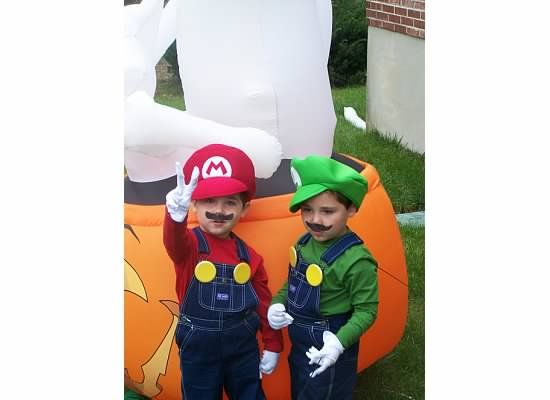 Halloween costumes for my twins, beat the store bought ones - twin boy halloween costume ideas
