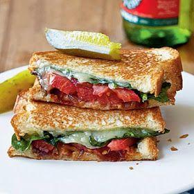 menu dietetico Sándwiches de queso a la parrilla