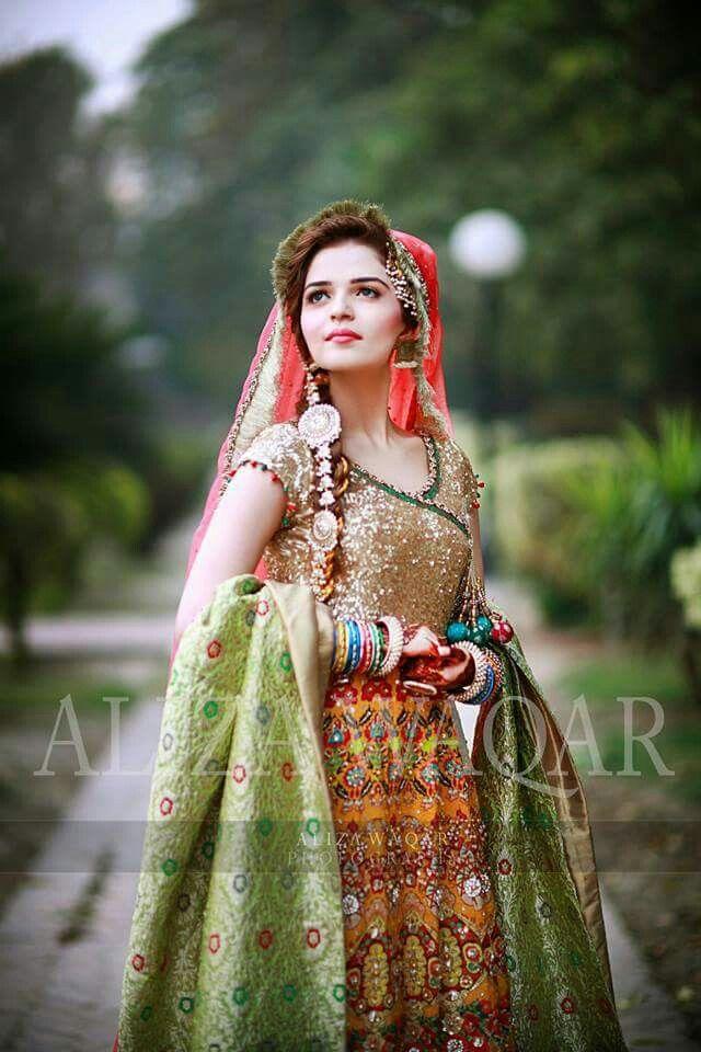 Pin de Faheema Ali en Punjabi Suits | Pinterest