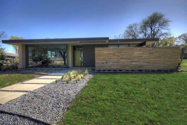 This gorgeous cliff welch modern on east lake highlands will be on this years white rock home tour benefiting hexter elementary