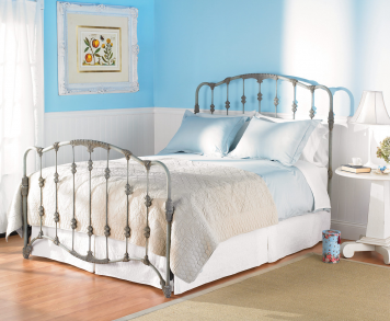 Queen Nantucket Complete Bed | Wesley Allen | Home Gallery Stores