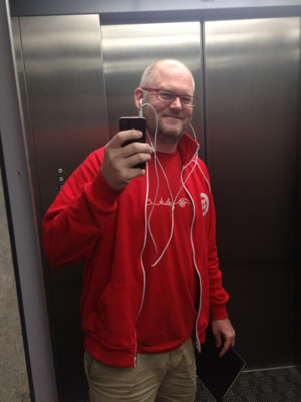 Geoffery got some Twilio gear for his award winning app, Waiting4aTable.
