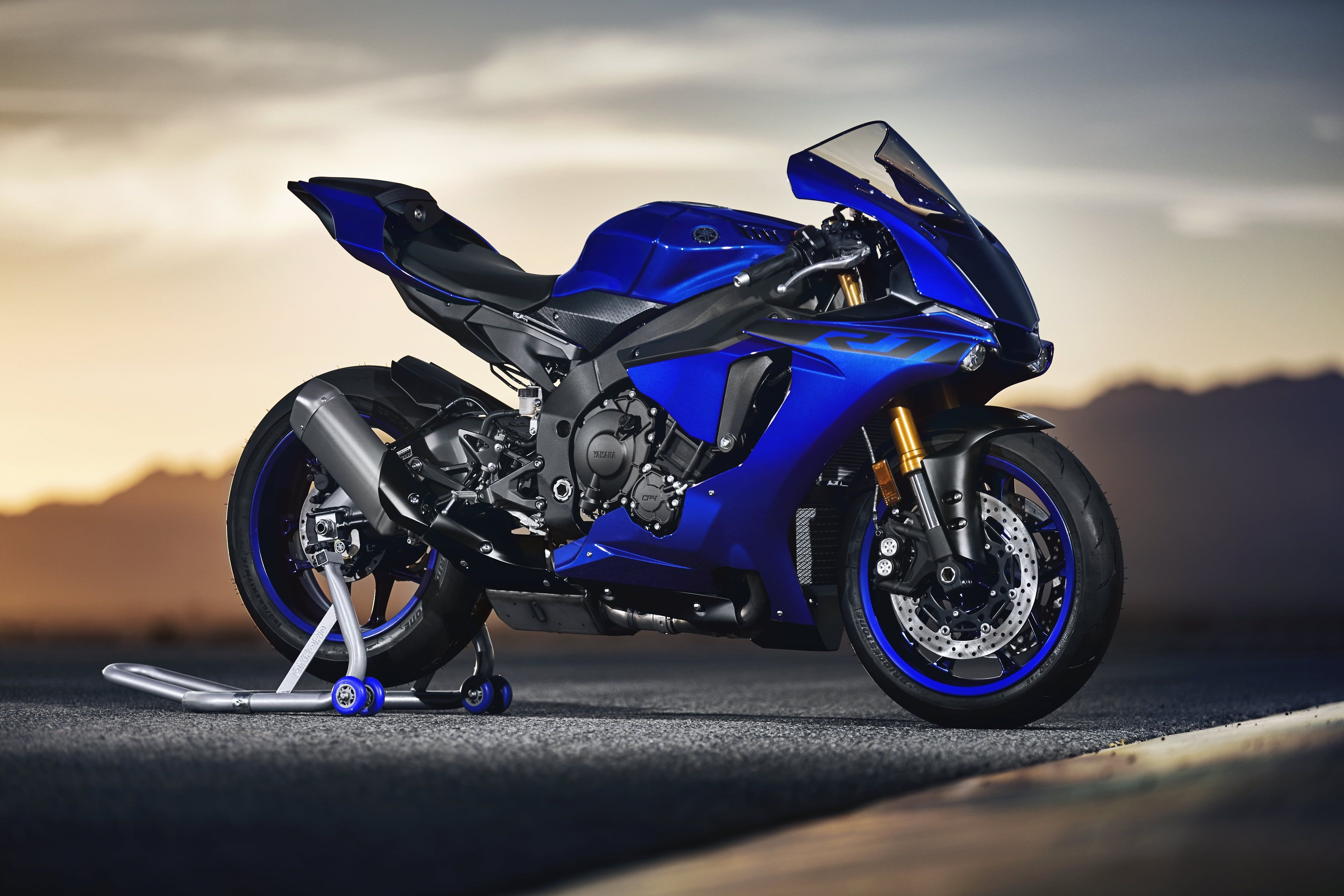 Motorcycle Yamaha Yzf R1 4k Wallpaper Hdwallpaper Desktop In