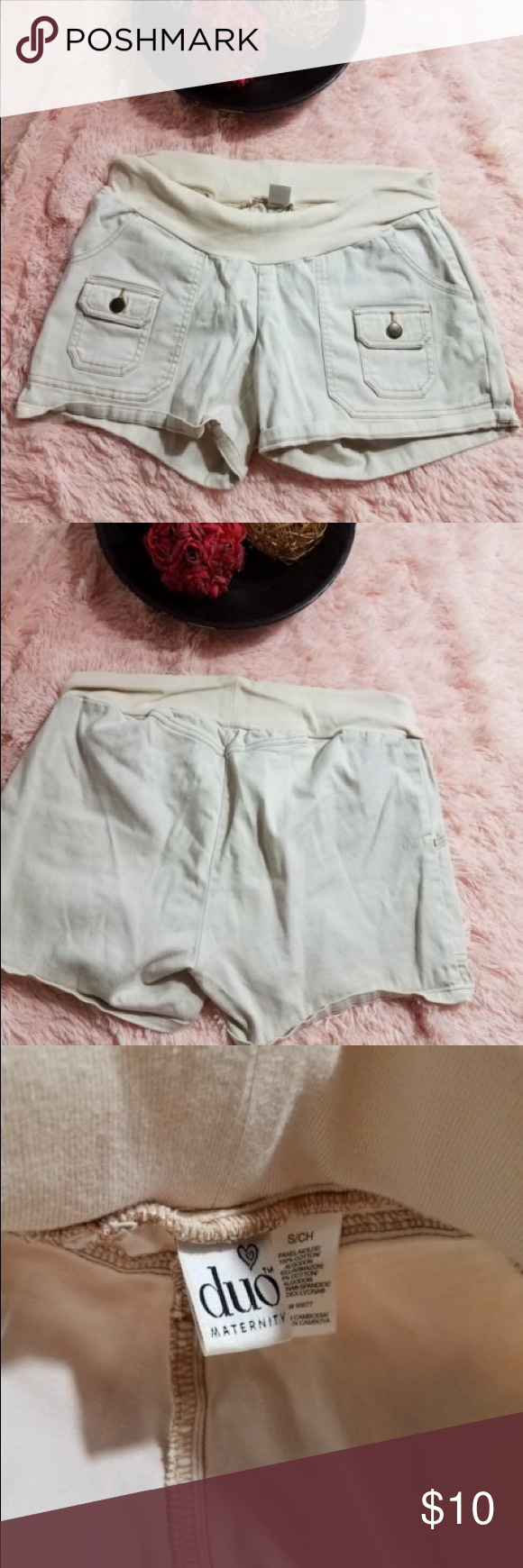 Duo Maternity Women's SIze Small Shorts Shorts are great for the summer!  Nice shorts in good condition duo maternity Shorts