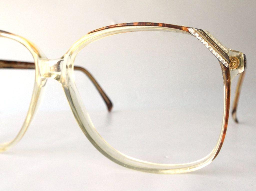 Vintage 70 39 S Oversized Eyeglasses Frames Modern Retro Eye Glasses Eyewear Brown Tortoise Clear Detail Accent Retro Eye Glasses Eyeglasses Frames Eyeglasses