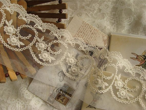 Floral Design and Scallops,2 Yrd 5.5 Inch French Lace Trim on Mesh with Cording