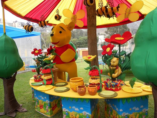 Mario party ideas for centerpieces decoracion fiesta for Decoracion winnie pooh para fiesta infantil