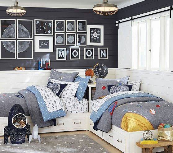 Outer Space Quilt In 2020 Outer Space Bedroom Bunk Beds