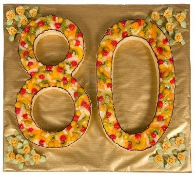 Stock Photo Anniversaire 80 Ans Gateau Anniversaire Et Anniversaire