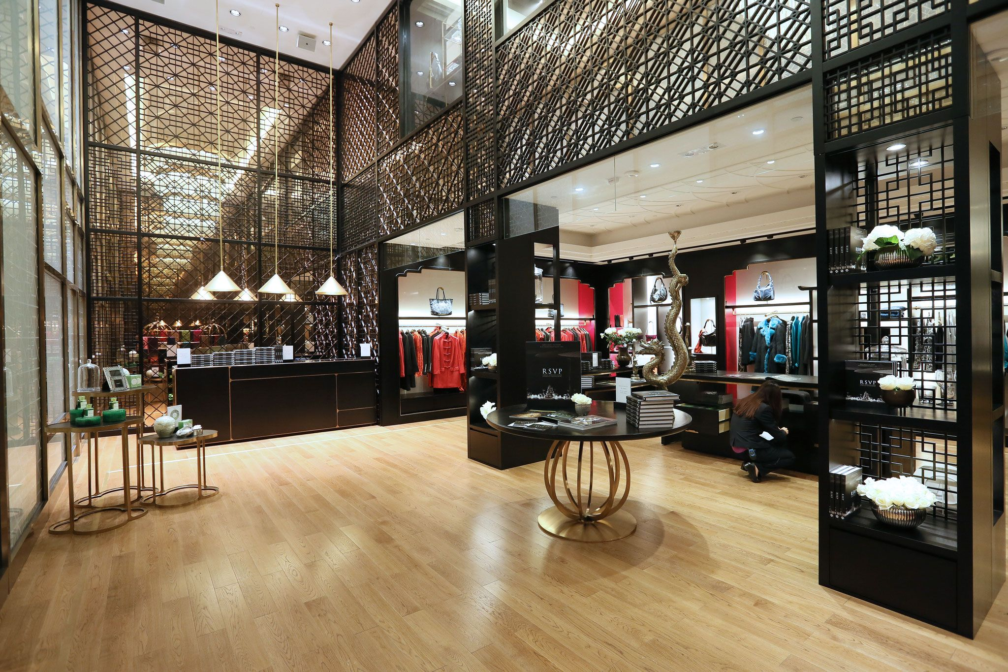 Shanghai tang shanghai tang retail design and retail for Interior design department
