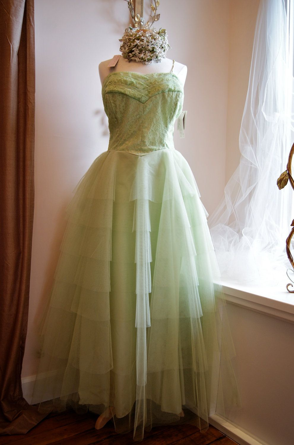 Gorgeous shade of green reserved s dress s party dress
