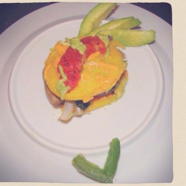 Yummy Cheesy Polenta Dish #15schef #beyondmeat #vegan #whatveganseat #fatassvegan #veganyums