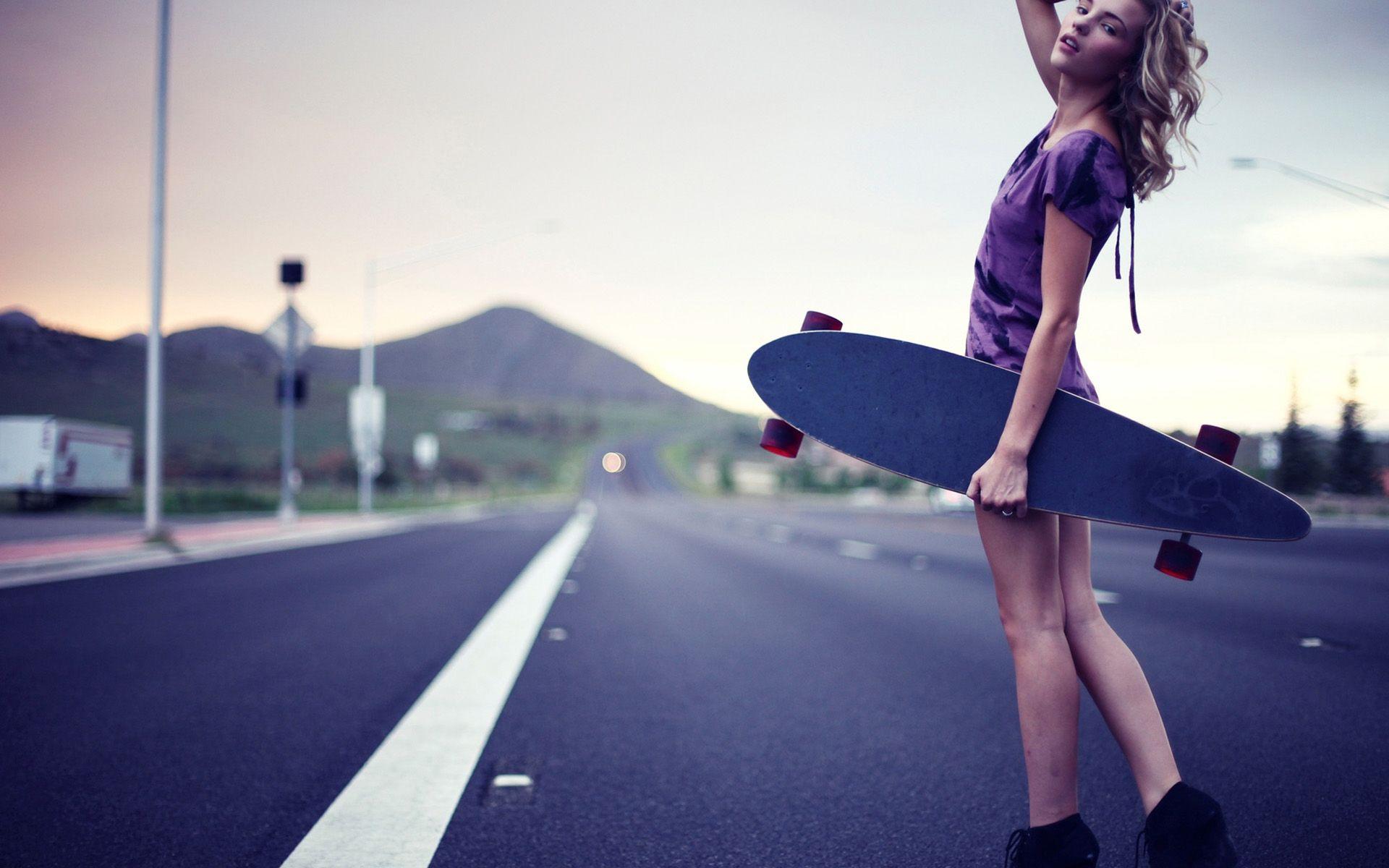 Skateboard · Skateboarding Hot Girl Wallpaper