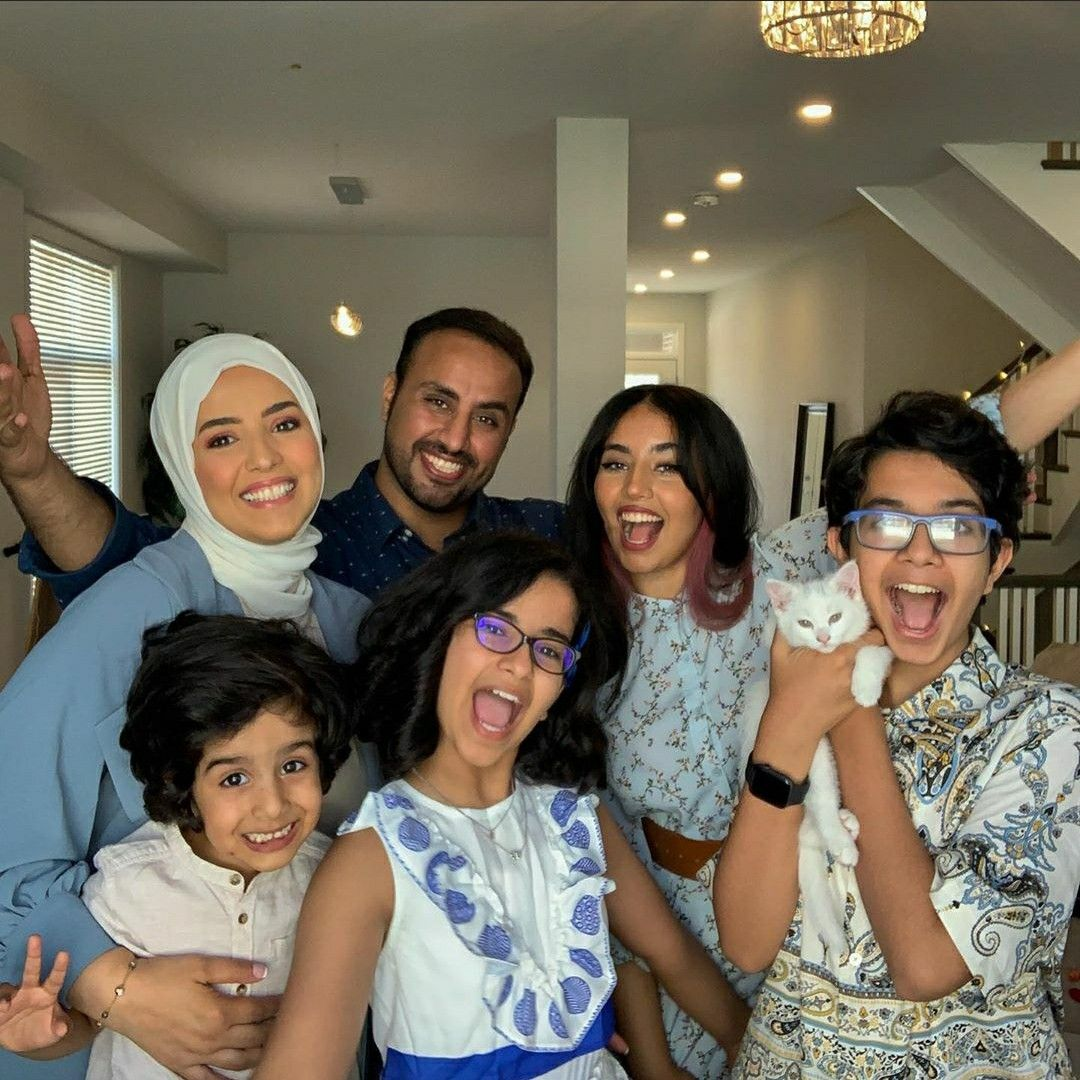 Pin By Ruqaya Alsoufi On Badr Family Fan Fashion Photo Pics