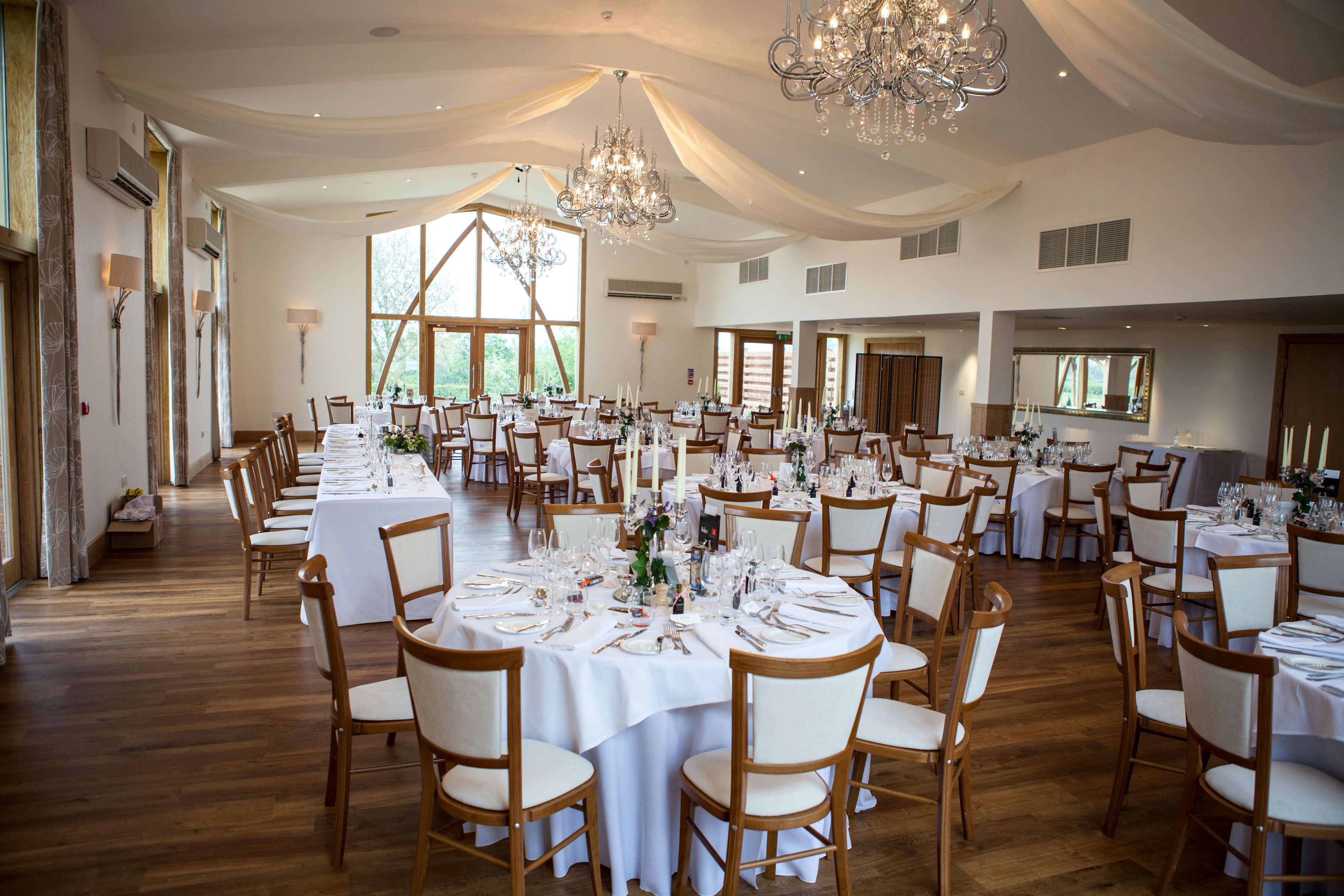 Browse Our Gallery Of Leicestershire Wedding Venues At Mythe Barn