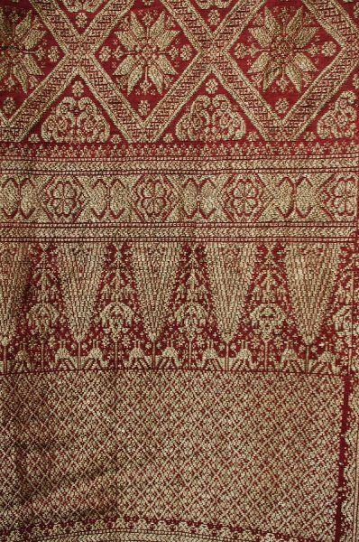 19c sulawesi songket gold thread silk textile Tropical d53a584c06