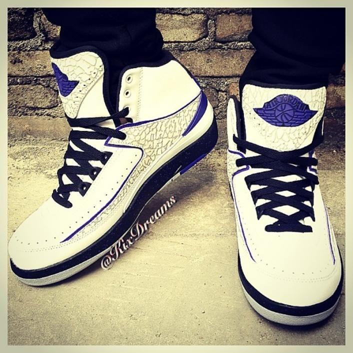 fe188d42504 Air Jordan 2 Retro