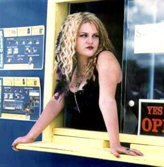 Sara Rue Gypsy 83