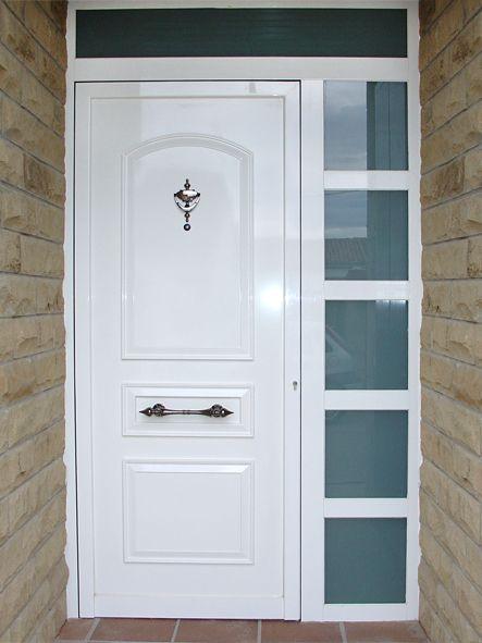 Anusa proyectos puertas entrada fijo lateral con for Puerta entrada aluminio
