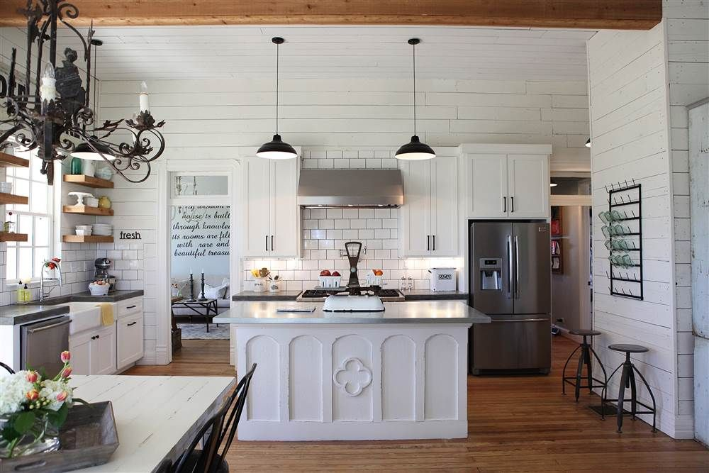 tour chip and joanna gaines very own fixer upper farmhouse in 2020 joanna gaines house on kitchen layout ideas with island joanna gaines id=57388