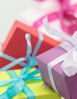 Ilahduta ystäväsi lahjakortilla! Lahjakortti verkkokursseille ja verkkokaupan tuotteille, nyt verkkokaupastamme!