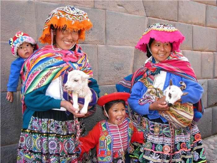 EXPERIENCE THE BEST OF PERU