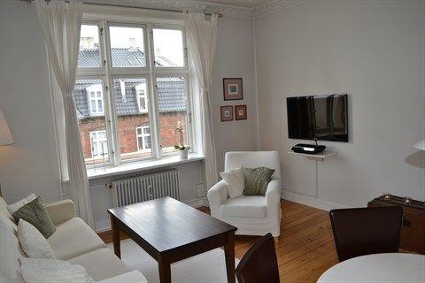 Esromgade 10, 4. th., 2200 København N - Meget lys og hyggelig 2 værelses lejlighed i flot stand