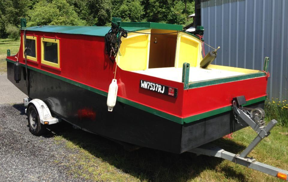 Escargot shantyboat | Shanty boat, Boat building, Boat