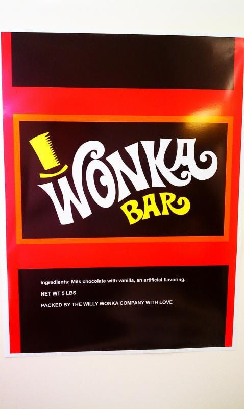 World S Largest Willy Wonka Bar Wrapper Golden Ticket Can Be