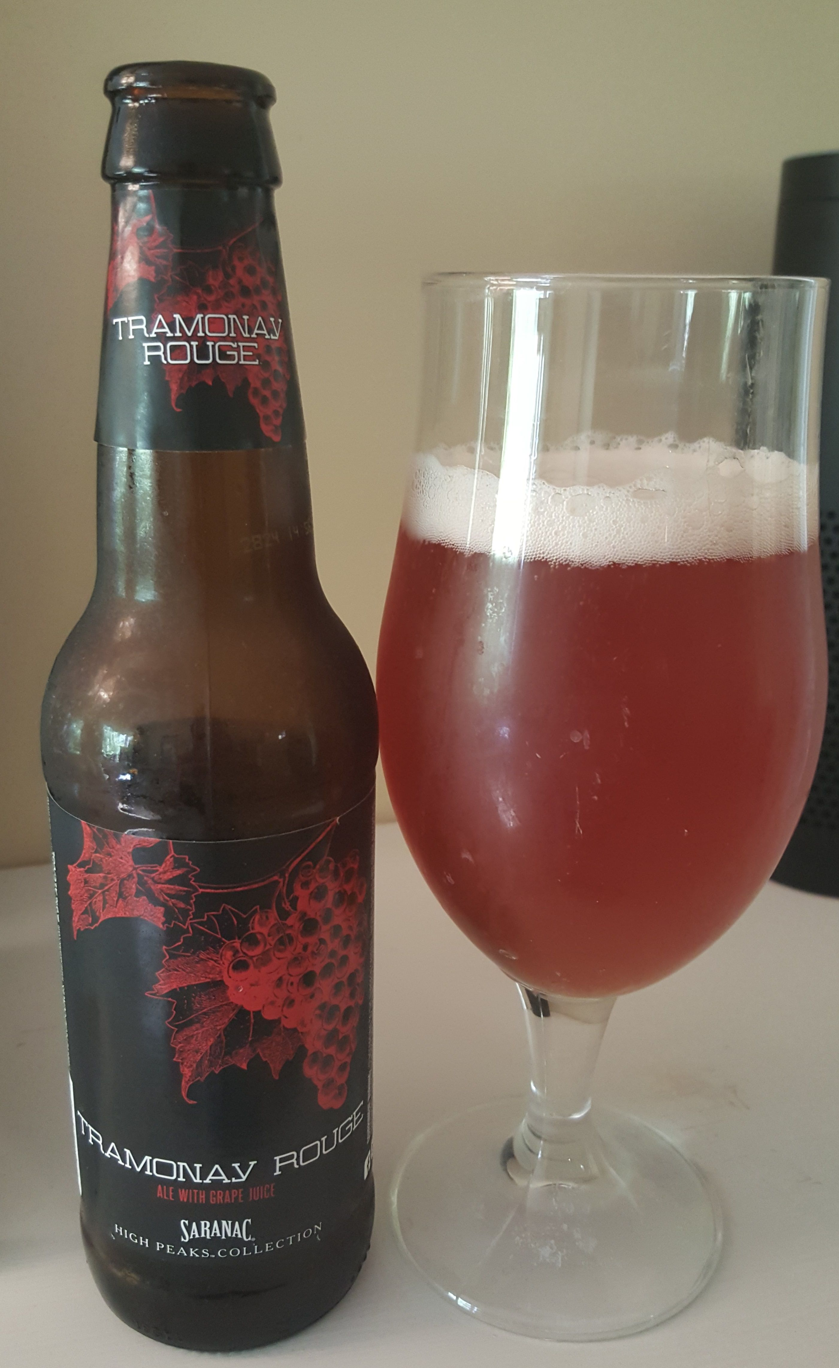 Saranac Tramonay Rouge Is A Saison Brewed With Grape Juice And Comes In At 6 5 Abv The Appearance Is Translucent With A Light Red Hue A Malt Beer Saranac Beer