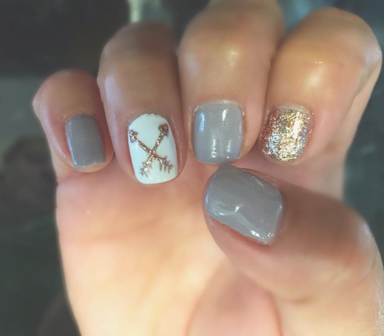 Arrow Nail Art Silver White And Gold Nail Polish Make Up