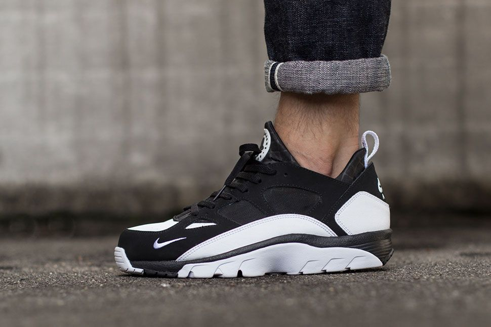 cheap mens nike huarache trainers