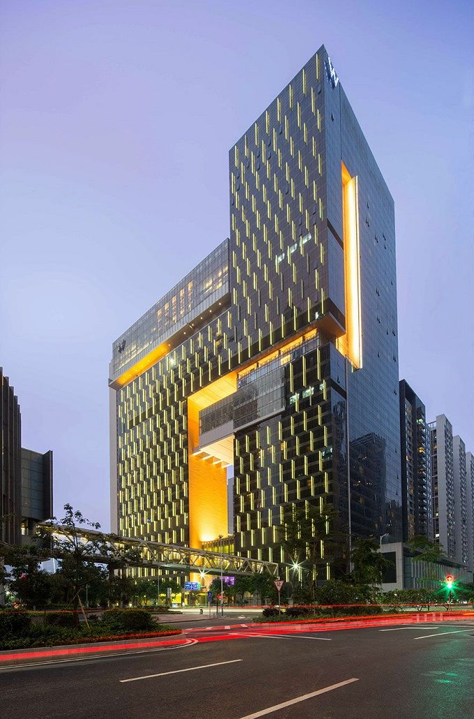 Rocco design architects completed w guangzhou hotel for Hotel building design