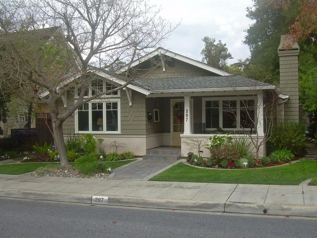 Craftsman exterior house paint ideas - House Sage Green Houses Color Exterior
