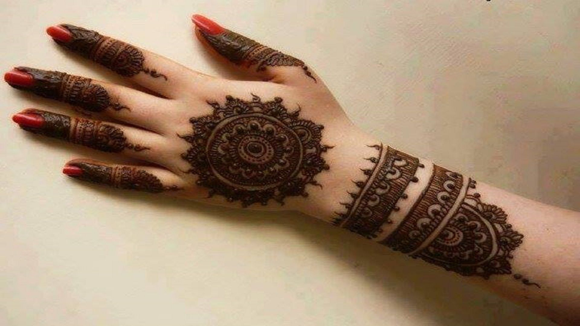 Mehndi Hands Wallpapers : New collection of beautiful mehndi free hd wallpapers for girls