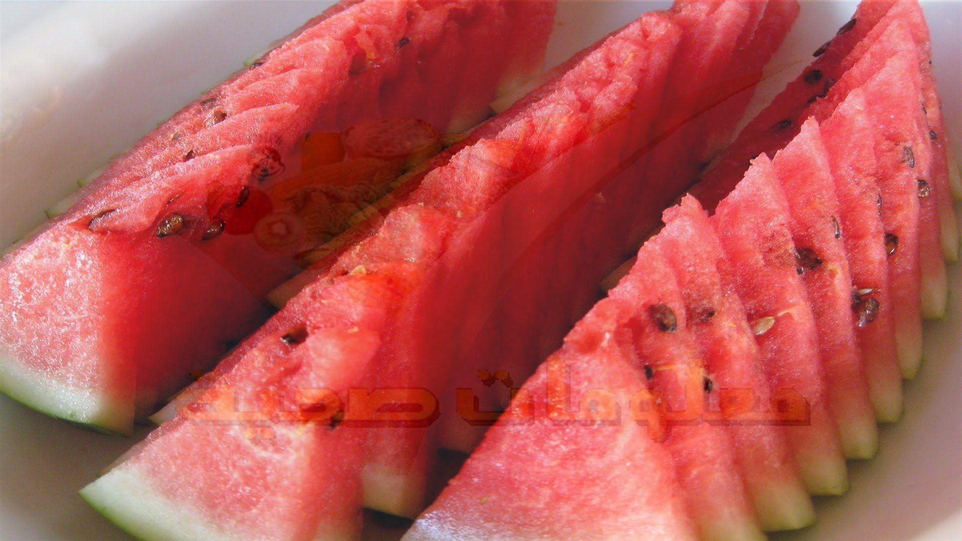 هل تعلم ماهى فوائد البطيخ المذهلة للمتزوجين ولن تتخيل ماذا يفعل البطيخ في جسمك Watermelon Food Fruit
