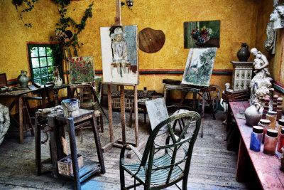 These were taken at the artist studio behind the Hotel Baudy in Giverny, France -- right down the street from Claude Monet's famous home and water lily garden.
