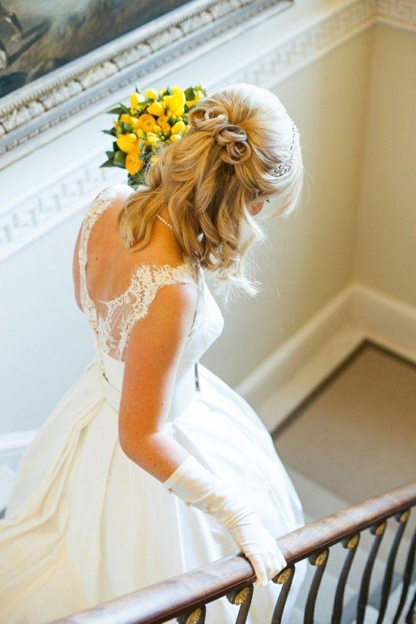 30 idées de coiffures de mariage pour cheveux milongs en