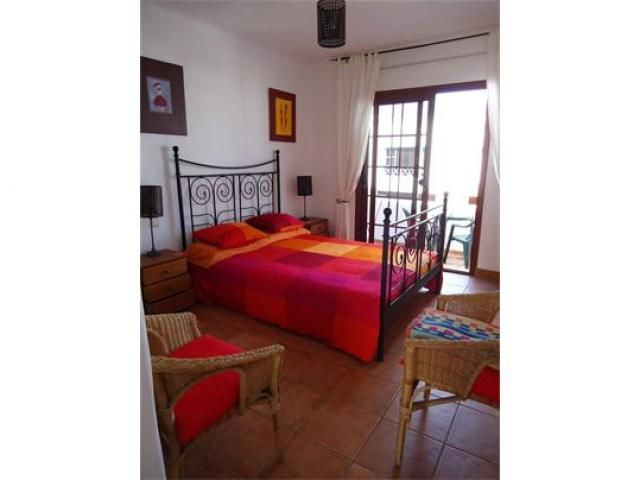 studio rojo 1 bed studio for rent in punta mujeres lanzarote rh pinterest com