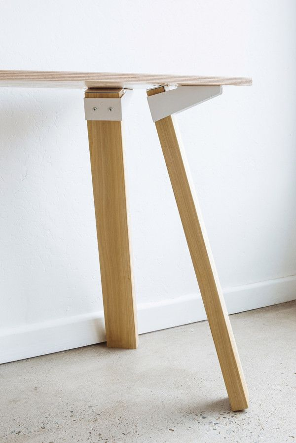 Simple Versatile Bracket System To Build Tables Home Furnishings