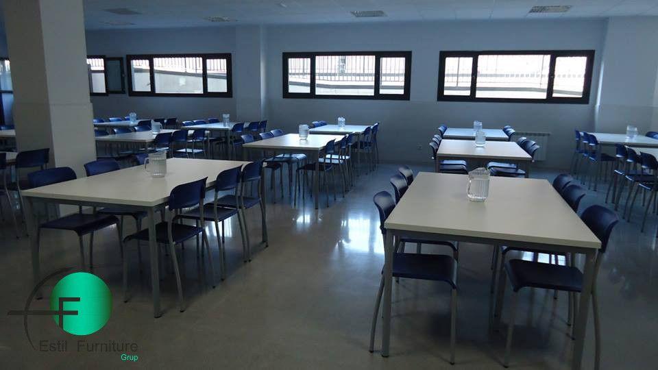 Ofrecemos equipamiento para comedores escolares, disponemos de mesas ...