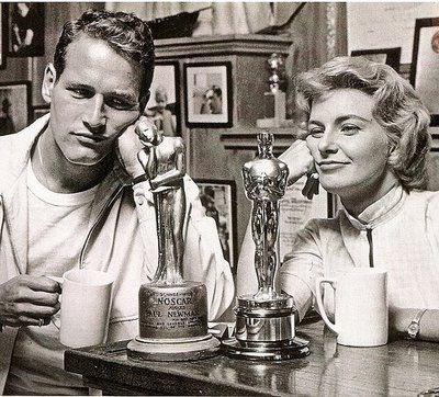 Paul Newman and Joanne Woodward shortly after her Academy Award win in 1958 (best actress) – with her Oscar and his 'Noscar'