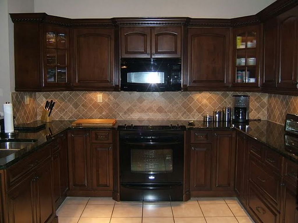Kitchen Beige Ceramic Backsplash Ideas for Small Kitchen Decor. Backsplash Ideas For Kitchens Inexpensive. Frugal Ain T Cheap Kitchen Backsplash Great for Renters Too. 1000 Images Kitchen Backsplash Ideas On